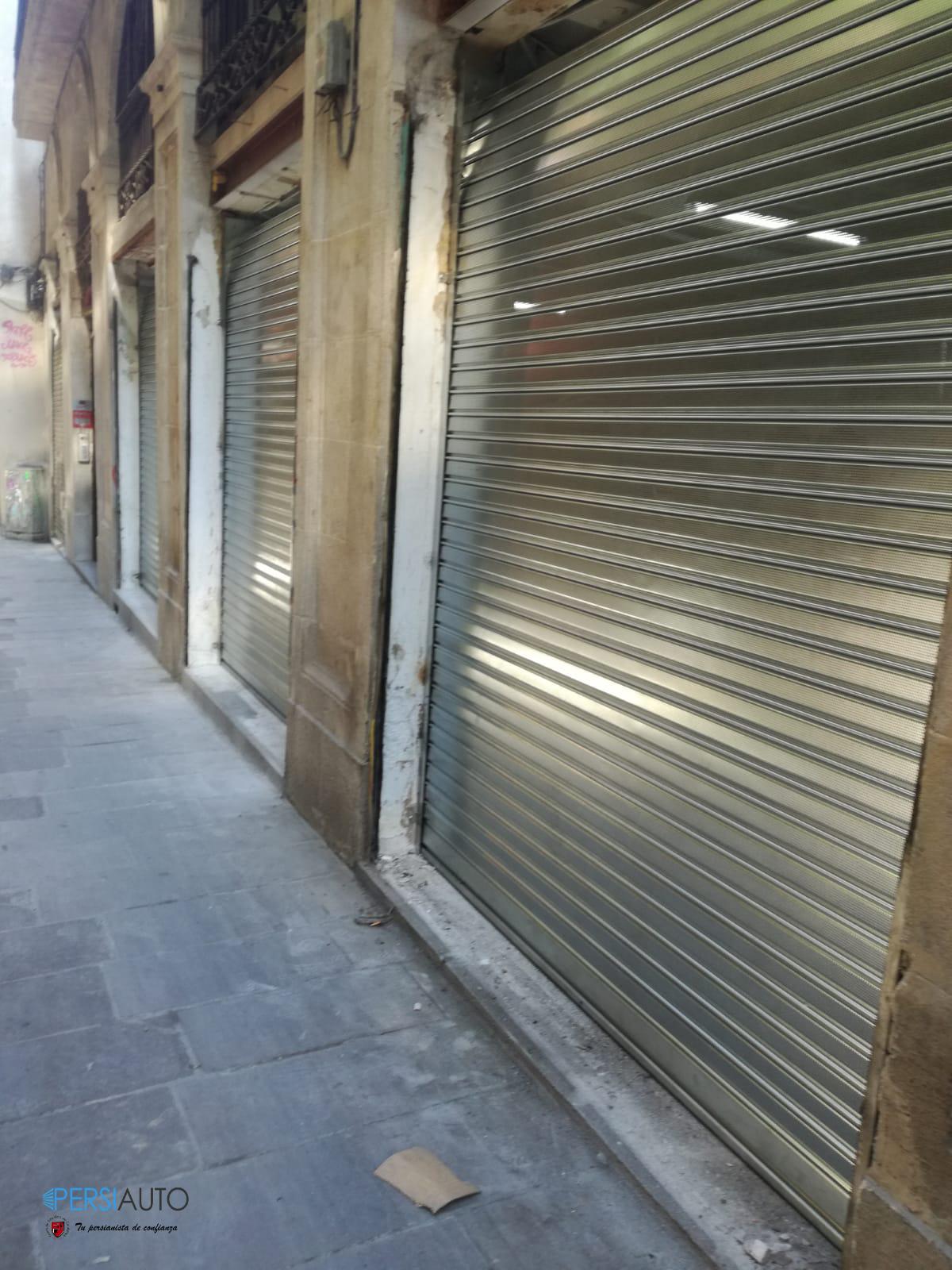 Instalación persianas metálicas enrollables de comercio