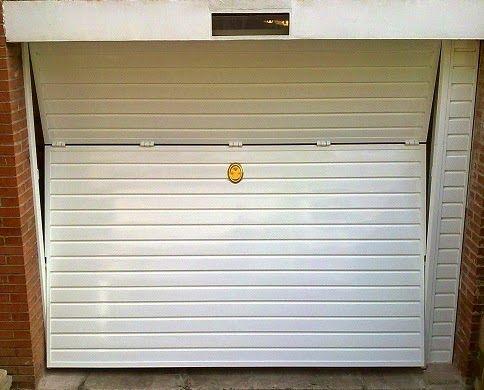 Puerta basculante garaje